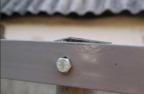Пример закрепления прожилин на металлических оснований