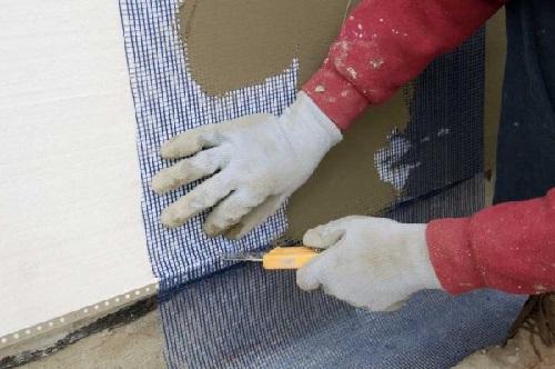 """Использование сетки """"Строби"""" при утеплении стен пенопластом"""