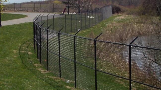 Забор из стальной сетки