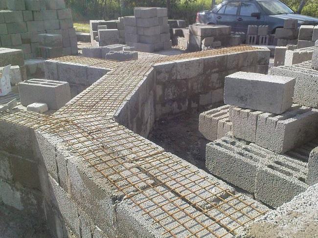 Армирование стен из пеноблоков сеткой